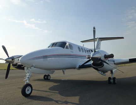 8 Seat Nextant private jet to Cannes
