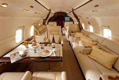 Challenger 604 private jet interior