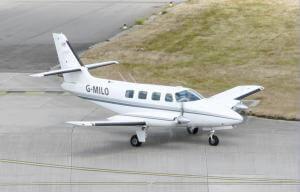 Cessna_303_air_taxi