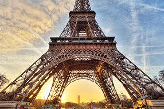 The Eiffel Tower by private jet