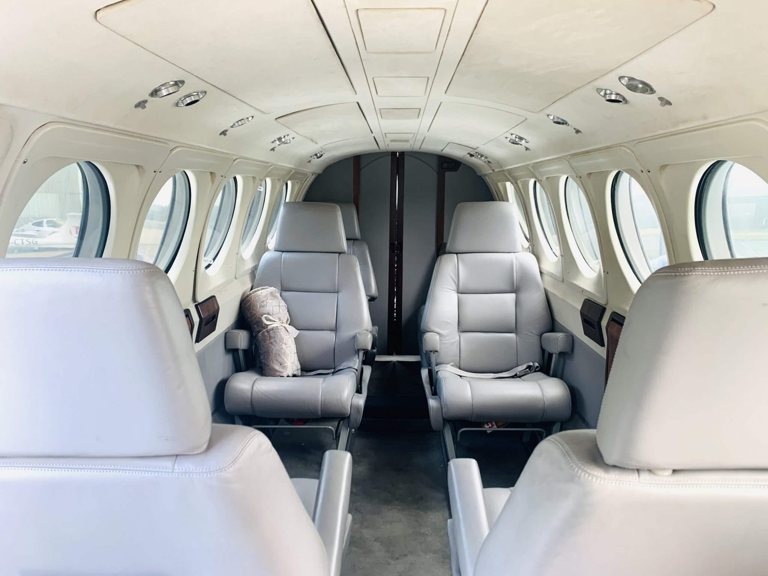 Air taxi cabin