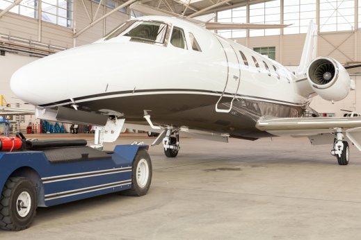 Charter private jet Lyon