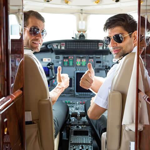 Pilotos de jet privado